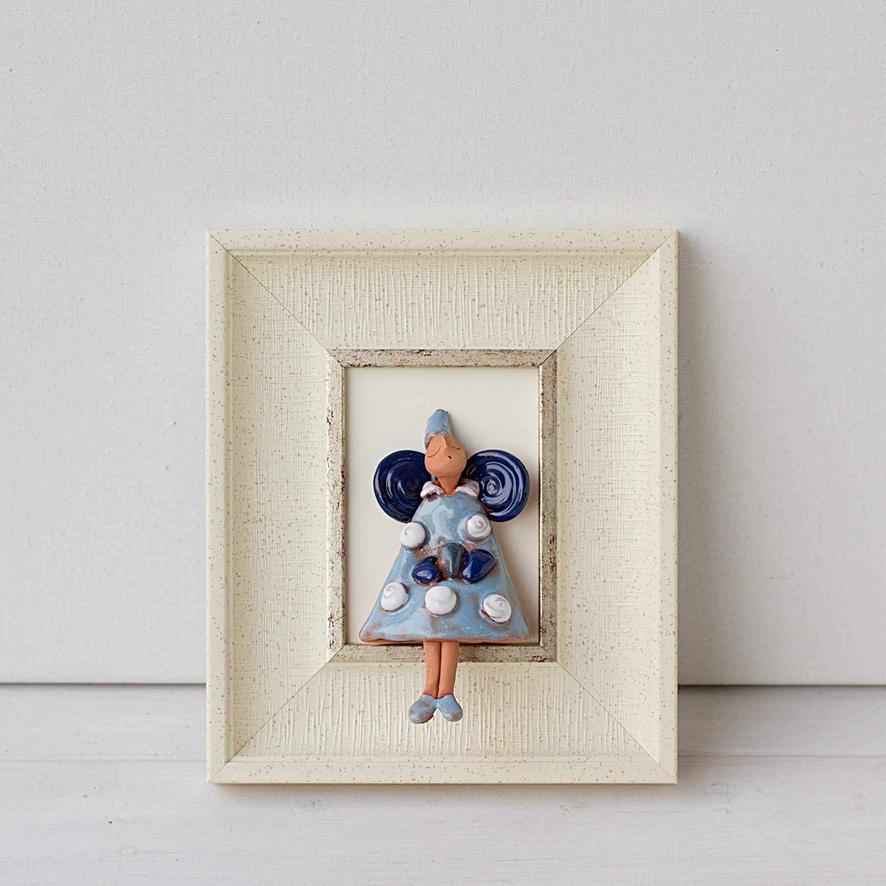 keramikinis paveiksliukas su angeliuku, keramikinis angelas